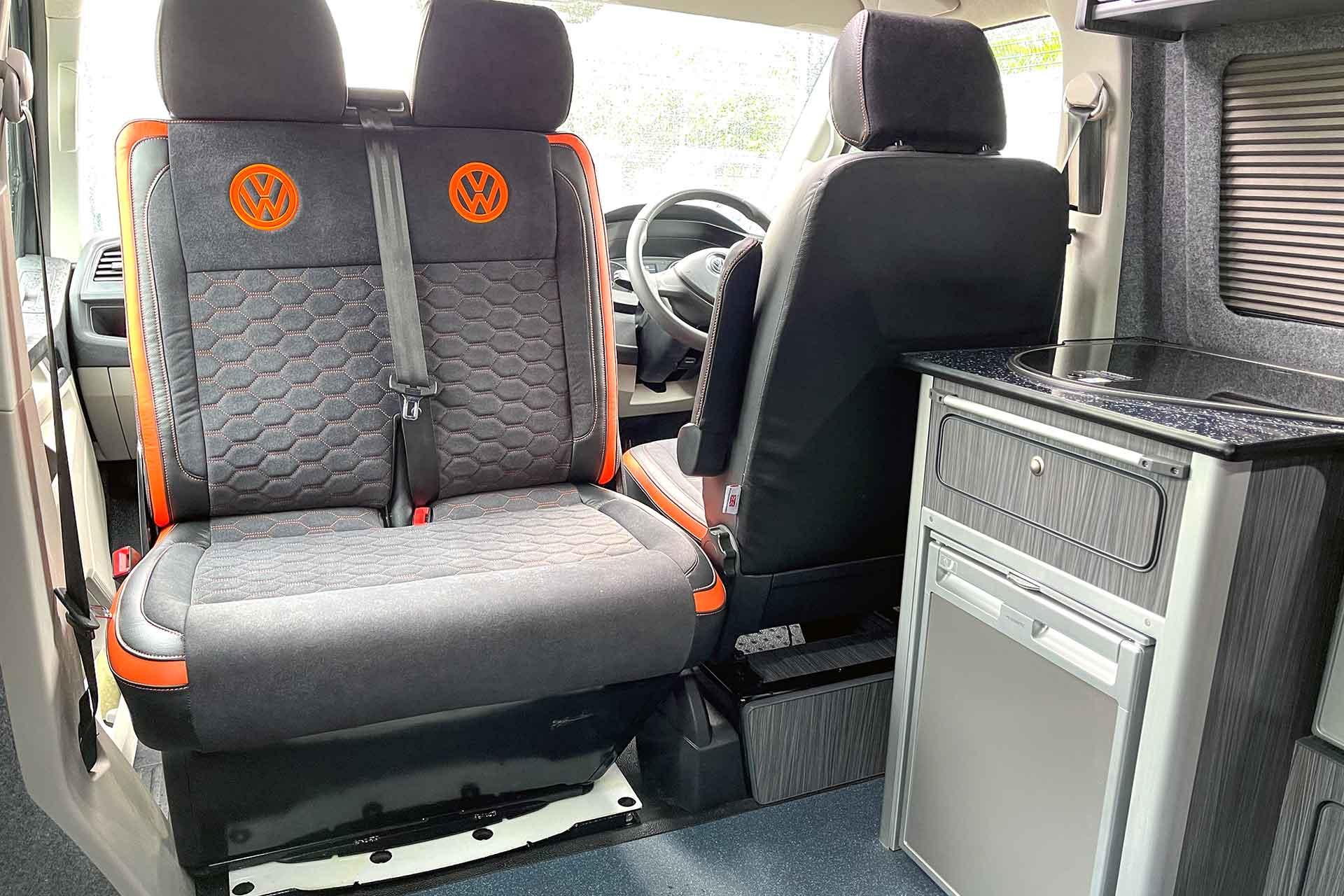 VW T6.1 Double Seat Swivel Plate