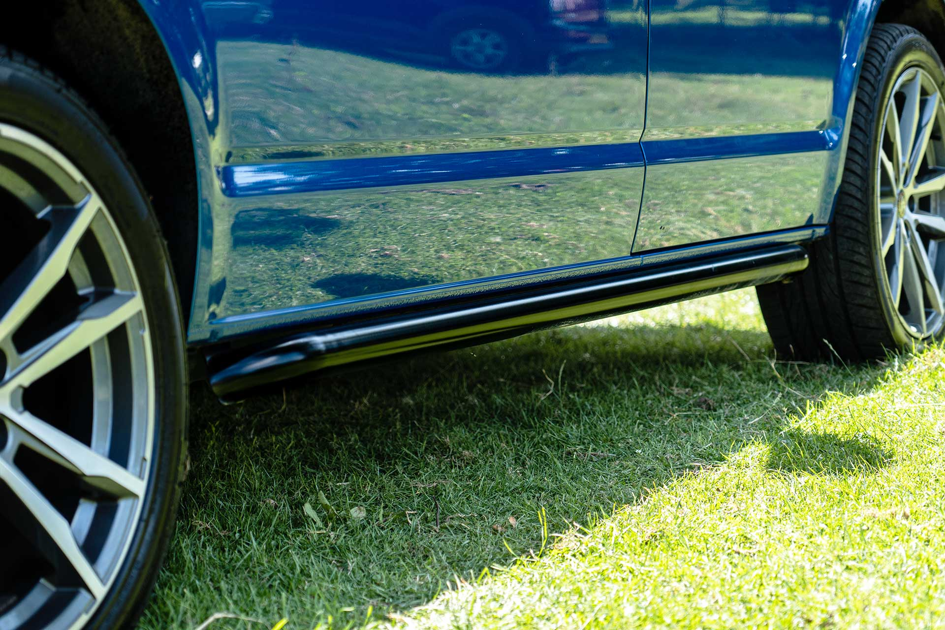 VW T6.1 Side Bars